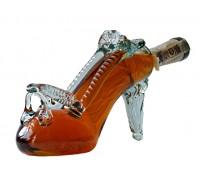 Бутилка Дамска обувка с токче, червен ром