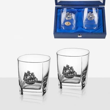 Сет от две чаши за уиски