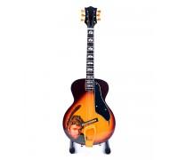 Мини колекционерска китара George Michael