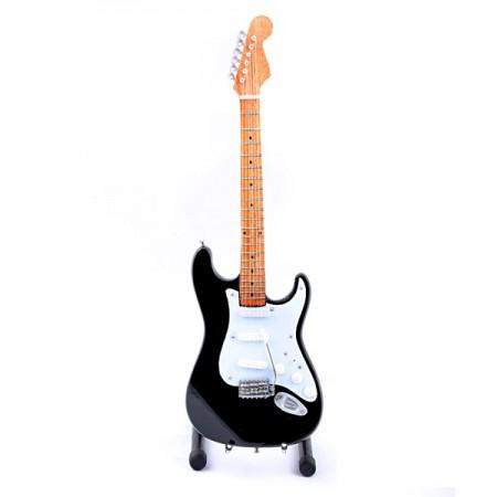 Мини китара на Iron Maiden