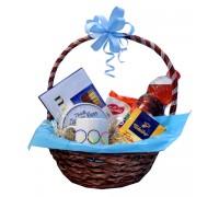 Корпоративна кошница с датски бисквити, кафе и фирмена чаша