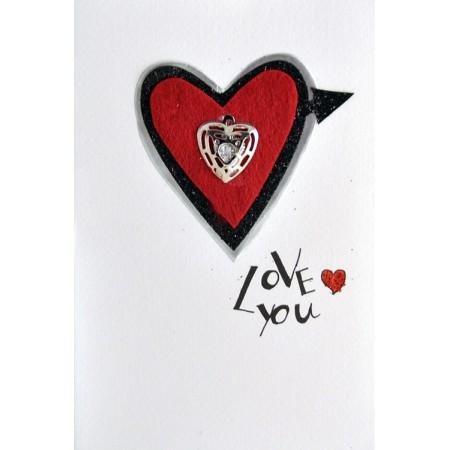 """3D любовна картичка с надпис """"Love"""""""