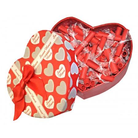 Обичам те на 100 езика в кутия сърце